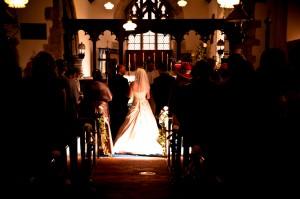 Bruidspaar in de kerk