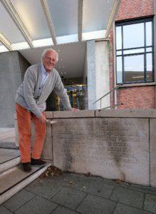 Opnieuw de eerste steen door Jan Plesman